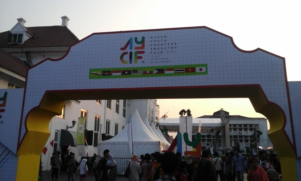 Asean Youth Creative Industry Fair 2015