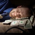 Mau Pensiun Dini? Coba 7 Cara Menghasilkan Uang Ini