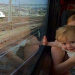 Liburan Seru dengan Kereta Api Bareng Si Kecil, Kenapa Tidak?